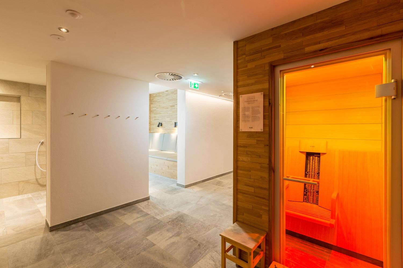 Spa for hotel guests hotel post westendorf en for Design hotel dorf tirol