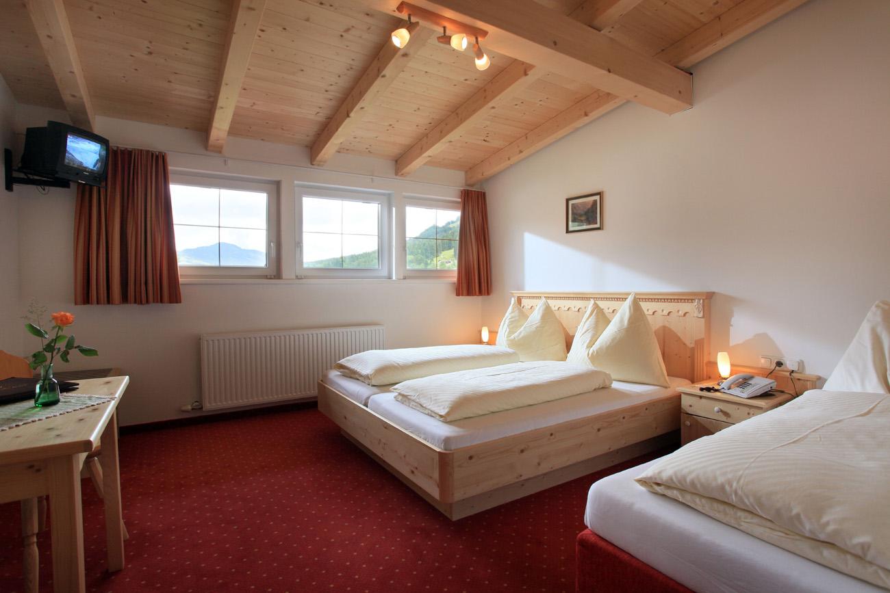 Familienzimmer, Unterkunft in Tirol - Hotel Post Westendorf